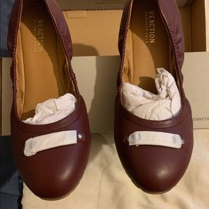 KENNETH COLE REACTION BALLET FLATS SIZE 9